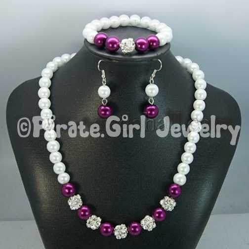 3 piece Pearl Jewelry Set: Earrings, Necklace, Bracelet No2
